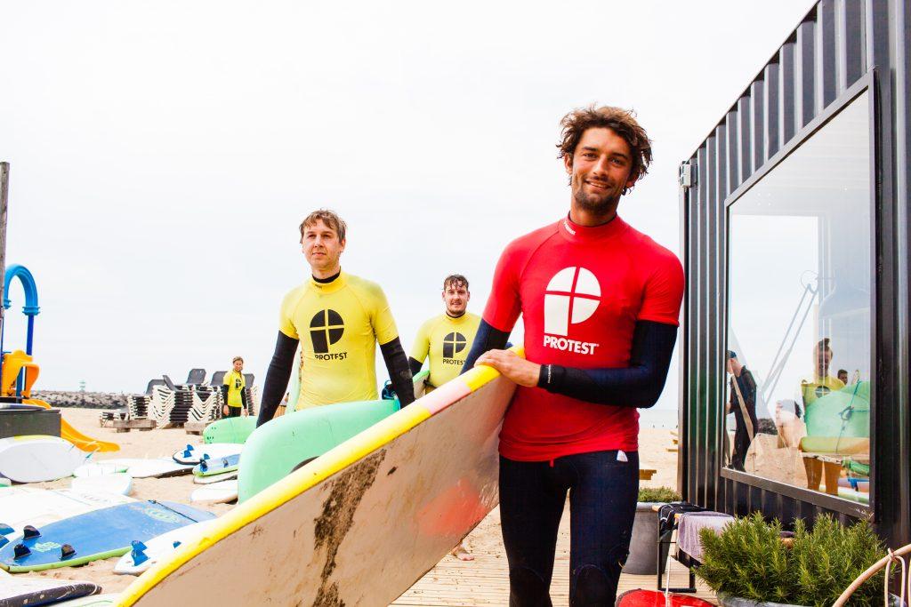 Surfinstructeur surfschool